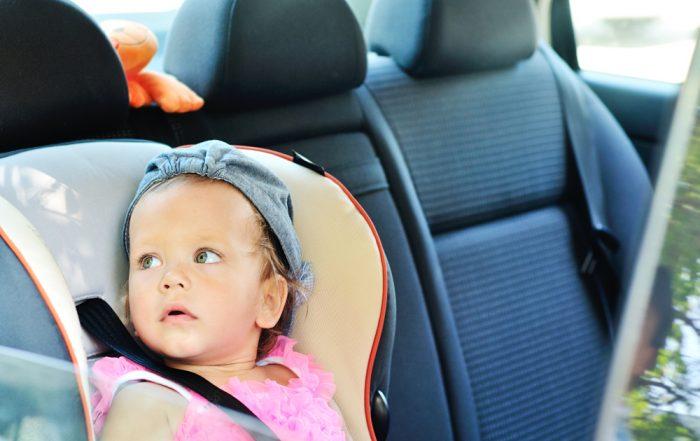 Strategie per viaggiare in macchina coi bambini