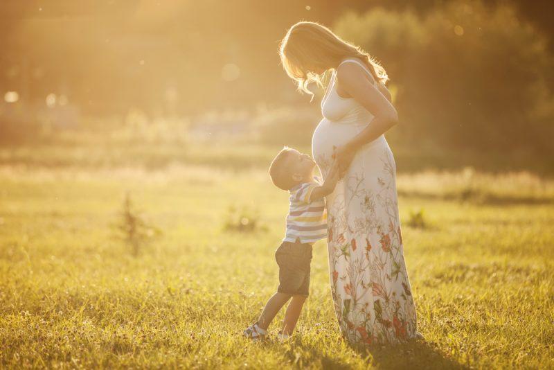 gravidanza in estate: una corretta idratazione