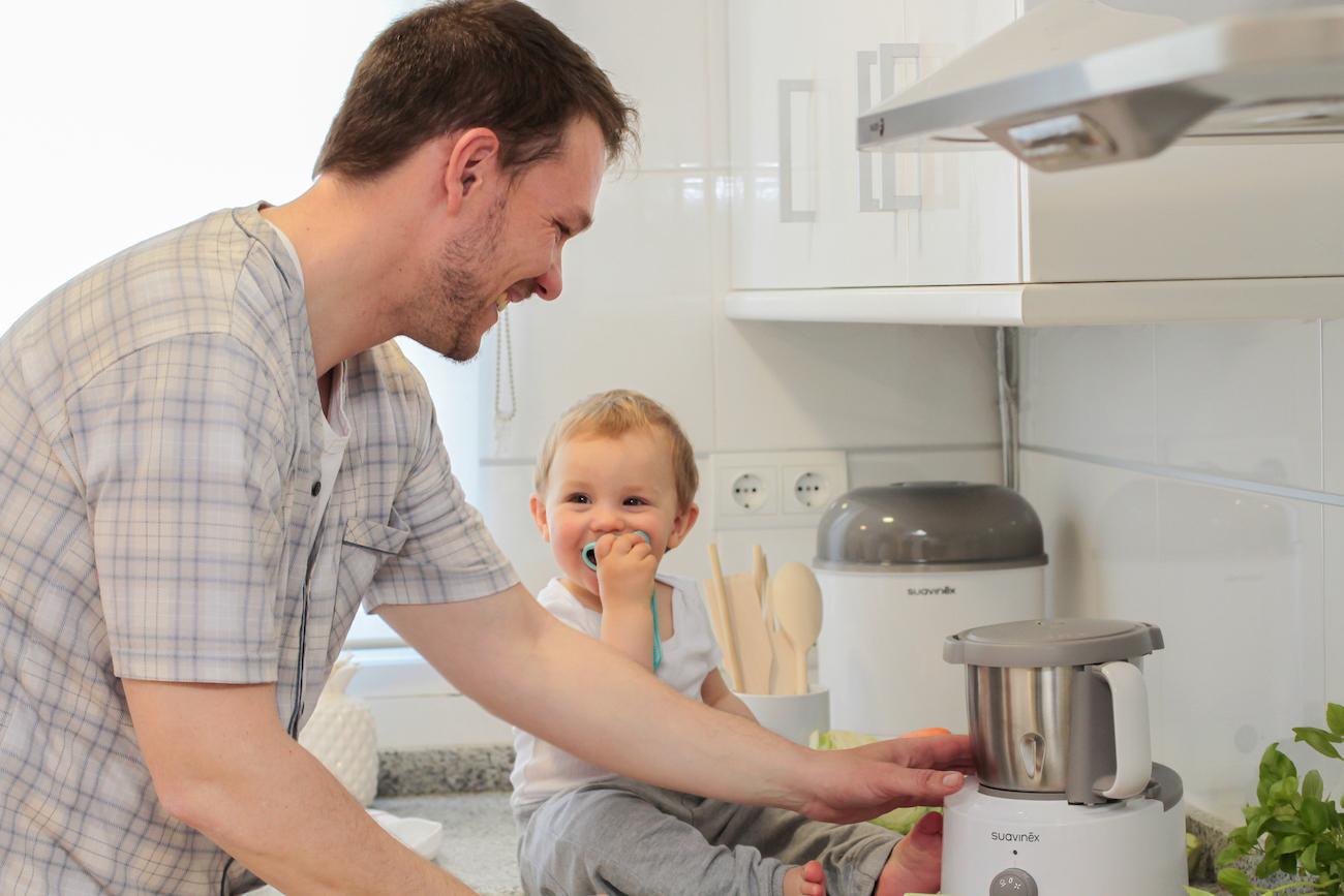 Cucinare e mangiare insieme come coinvolgere i bimbi nella preparazione dei cibi - Cucinare coi bambini ...