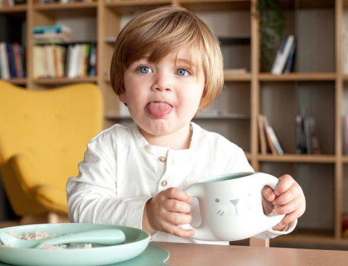 Quando svezzare i bambini: le fasi più importanti