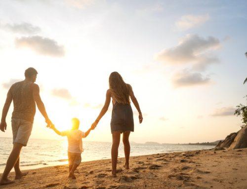 Al Mare con i Bambini Piccoli: 8 consigli per la famiglia!