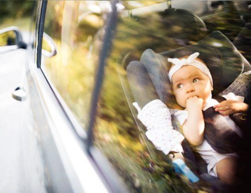 Viaggi lunghi in auto con bambini piccoli: 6 consigli!